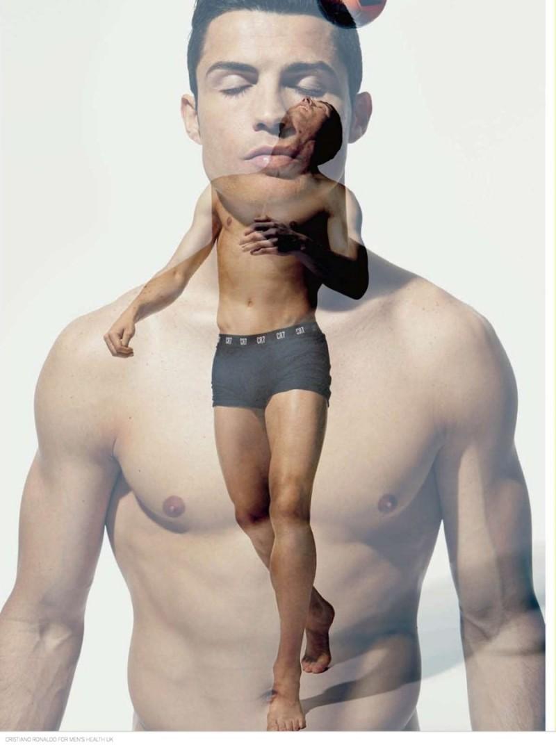 Cristiano-Ronaldo-Mens-Health-UK-September-2014-Photos-002-800x1072