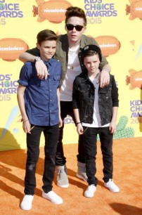 Brooklyn-Romeo-Cruz-Beckham-Kids-Choice-Awards-2015-Picture-800x1215