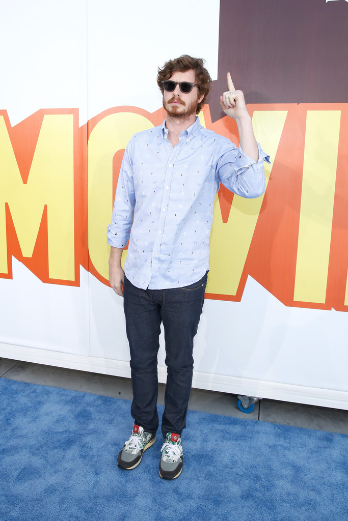 Anders-Holm-MTV-Movie-Awards-Mens-Style-2015-Picture