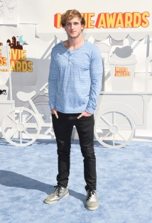 Logan-Paul-MTV-Movie-Awards-Mens-Style-2015-Picture
