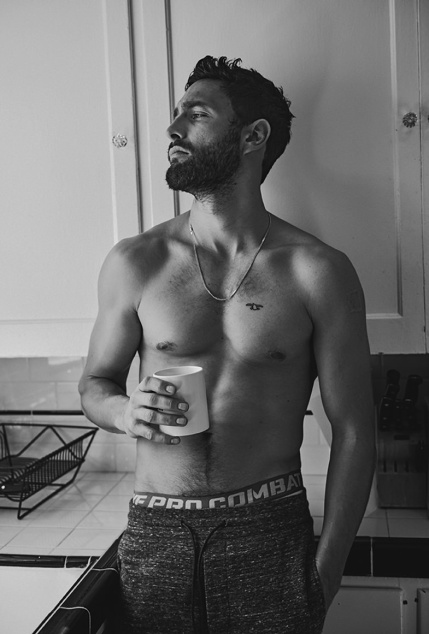 Noah-Mills-Associated-2015-Photo-Shoot-001