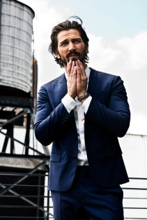 Michiel-Huisman-Man-of-the-World-2015-Cover-Photo-Shoot-005