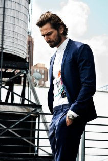 Michiel-Huisman-Man-of-the-World-2015-Cover-Photo-Shoot-006