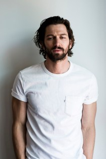 Michiel-Huisman-Man-of-the-World-2015-Cover-Photo-Shoot-007