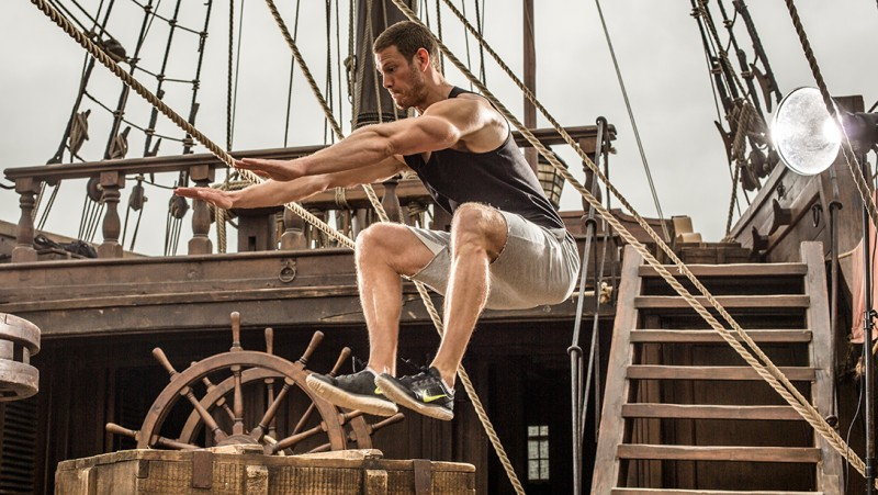 Tom-Hopper-Workout-Muscle-Fitness-2015-Photo-Shoot-004-800x451