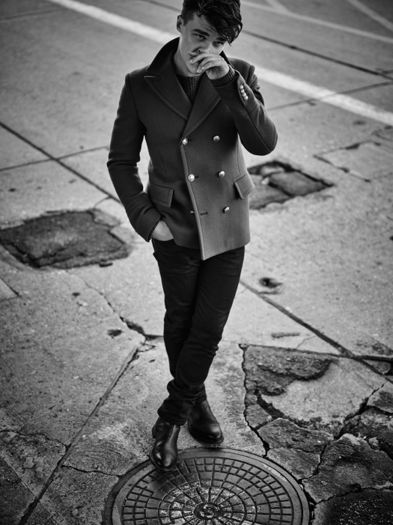 Finn-Wittrock-2015-Photo-Shoot-Flaunt-001