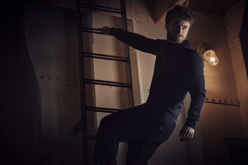 Daniel-Radcliffe-2016-Photo-Shoot-Vanity-Fair-Italia-003-800x534