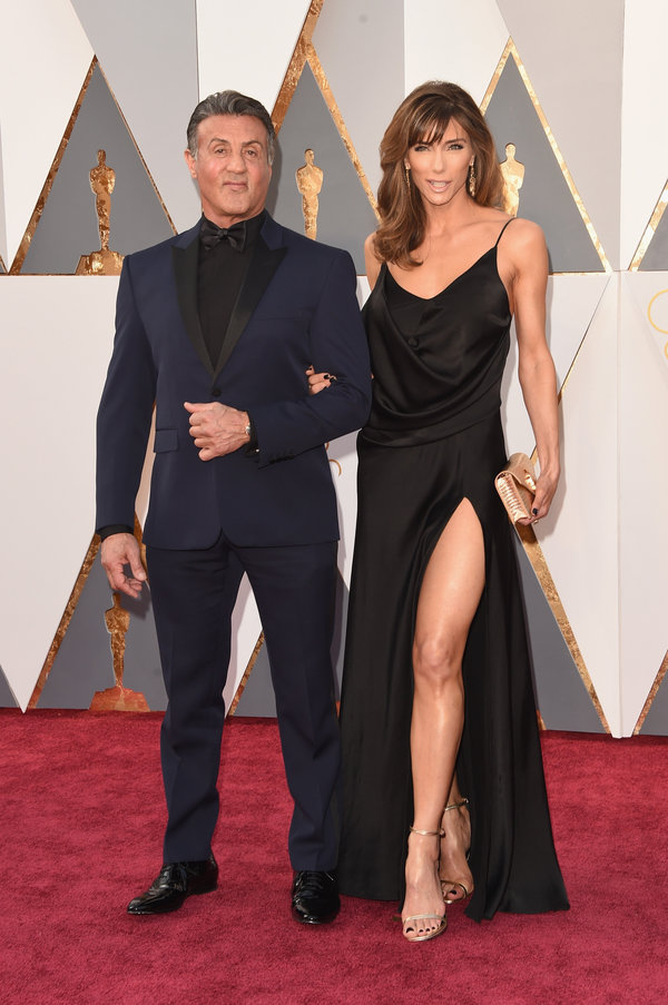 HOLLYWOOD, CA - FEBRUARY 28: Actor Sylvester Stallone (L) and Jennifer Flavin attends the 88th Annual Academy Awards at Hollywood & Highland Center on February 28, 2016 in Hollywood, California.  (Photo by Jason Merritt/Getty Images)
